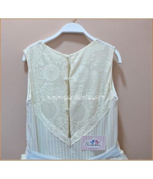 Camisa color arena con pespunte y botones