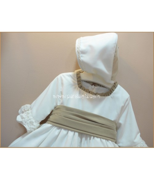 Jesusito lino beig bordado y culote a juego Paz Rodriguez
