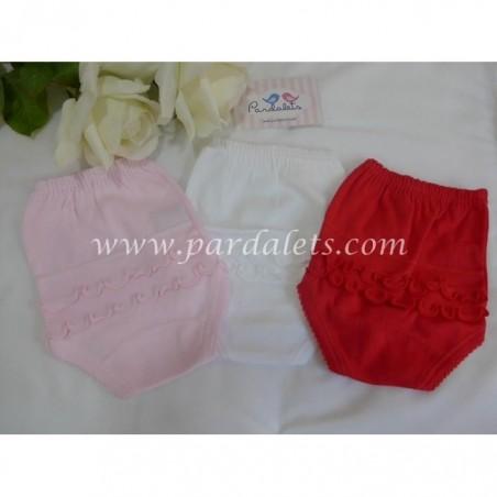 Camisa rayas arena y short blanco Marta y Paula